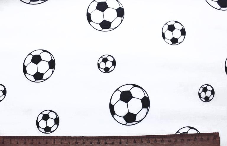 baumwollstoff beschichtet fu ball fu b lle schwarz wei wachstuch baumwolle beschichtet. Black Bedroom Furniture Sets. Home Design Ideas